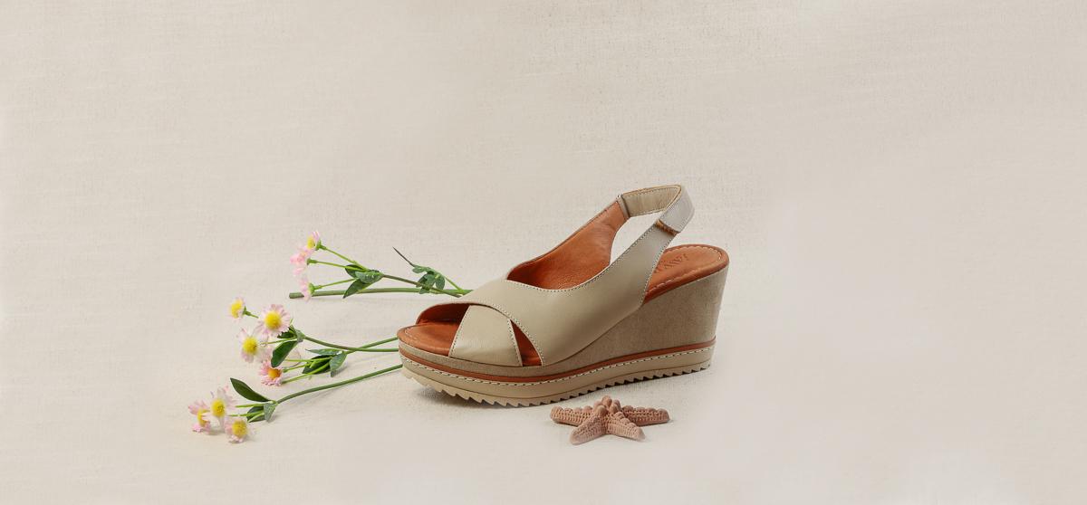 sandalias-plataforma-elegantes-comodas-zapaterias-en-barcelona-comprar (2).jpg