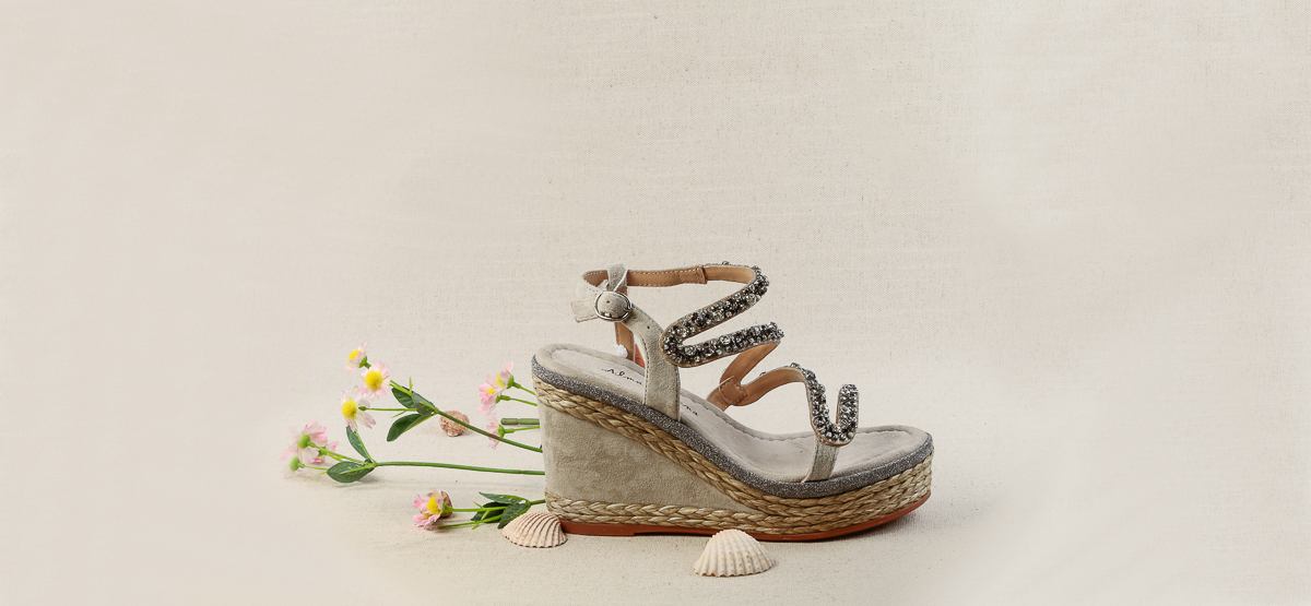 sandalias-plataforma-elegantes-comodas-zapaterias-en-barcelona-comprar (3).jpg