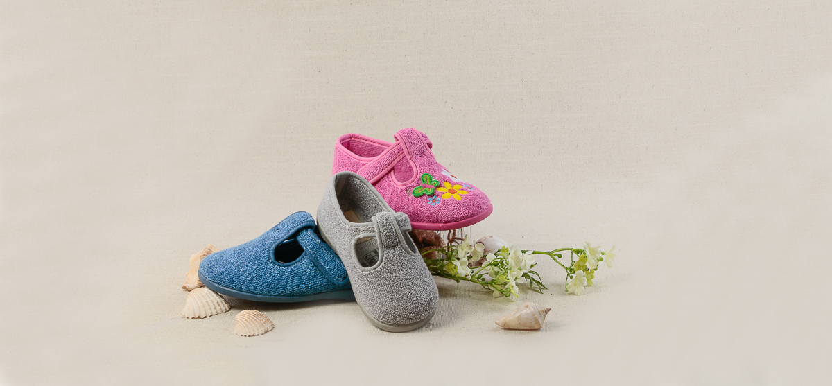 zapatillas-de-estar-por-casa-para-nino-nina-zapateria-barcelona (1).jpg